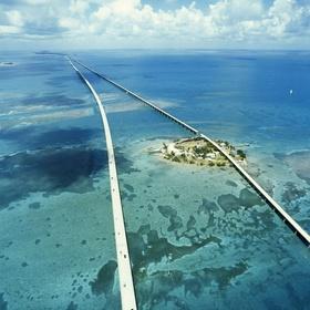 Drive on the Seven Mile Bridge, Florida Keys - Bucket List Ideas