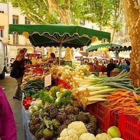 Shop at a farmer's market - Bucket List Ideas