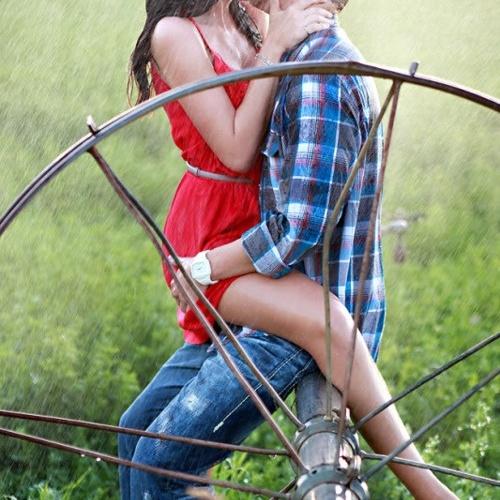 Passionately kiss in the rain - Bucket List Ideas