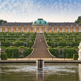 Visit the palace of Sanssouci - Bucket List Ideas