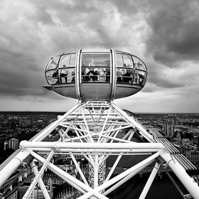 Ride The London Eye - Bucket List Ideas