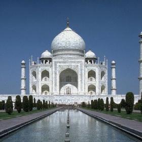 India - See the Taj Mahal - Bucket List Ideas
