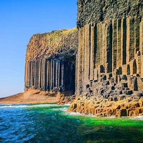Visit Fingal's Cave in Scotland - Bucket List Ideas