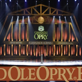 Attend the Grand Ole Opry - Bucket List Ideas