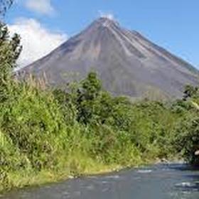 Visit Arenal Volcano National Park, Costa Rica - Bucket List Ideas