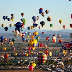 Attend the International Balloon Festival - Bucket List Ideas