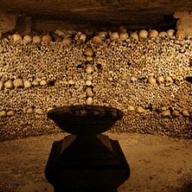 Visit the catacombs of paris, france - Bucket List Ideas