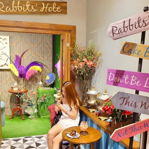 🍴 Eat at Perhaps Rabbits in Thailand - Bucket List Ideas