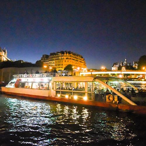 Sail on Seinen by night - Bucket List Ideas