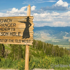 Take pictures at the top of Teton Pass in front of the famous Teton Pass sign - Bucket List Ideas