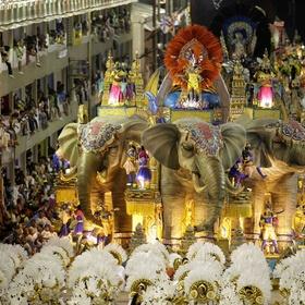 Go to a Brazilian carnival - Bucket List Ideas