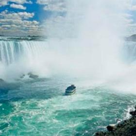 Visit Niagra Falls in Canada - Bucket List Ideas
