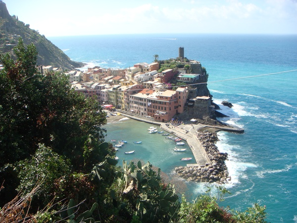 Hike the Cinque Terre trail - Bucket List Ideas
