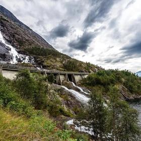 See Langfossen Falls in Norway - Bucket List Ideas