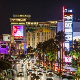 Drive down the Las Vegas Strip at night - Bucket List Ideas