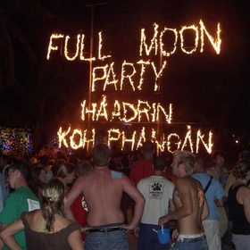 Attend the Full Moon Beach Party in Ko Pha Ngan,Thailand - Bucket List Ideas