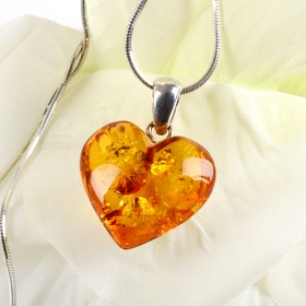 Having a necklace with amber stones - Bucket List Ideas
