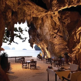🍴 Eat at The Grotto, Thailand - Bucket List Ideas