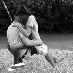 Take cute couple photos - Bucket List Ideas