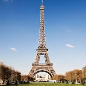 Go and See the Eiffel Tower in France - Bucket List Ideas