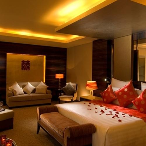 Spend a romantic night in a nice hotel - Bucket List Ideas