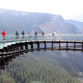 Visit the Glacier Skywalk in Jasper National Park, Alberta, Canada - Bucket List Ideas