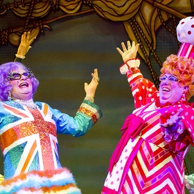 Go to a pantomime every year until it becomes uninteresting - Bucket List Ideas