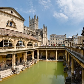 Visit the Roman Baths in UK - Bucket List Ideas