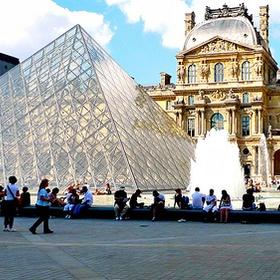 Visit the Louvre - Bucket List Ideas