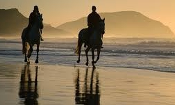 Ride a horse on the beach - Bucket List Ideas
