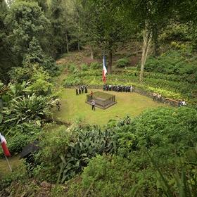 Visit Napoleon's real grave - Bucket List Ideas
