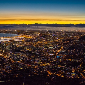 Hike up Lions Head in time to see the sun rise - Bucket List Ideas