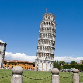 Visit the Leaning Tower of Pisa - Bucket List Ideas