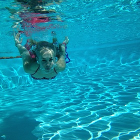 Take pictures underwater - Bucket List Ideas