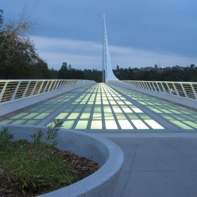 Walk across The Sundial Bridge at Turtle Bay in Redding California - Bucket List Ideas