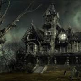 Go to a haunted house with my best friend - Bucket List Ideas