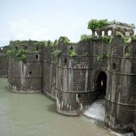 Visit Murud-Janjira Sea Fort ~ India - Bucket List Ideas