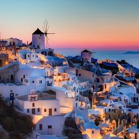Take my wife to Santorini, Greece for a romantic getaway - Bucket List Ideas