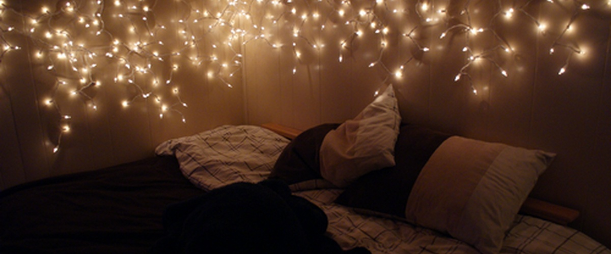 hang christmas lights in my room