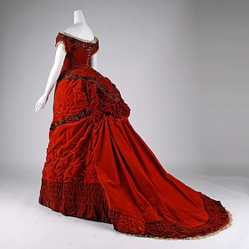 Wear a 19th century ball dress - Bucket List Ideas