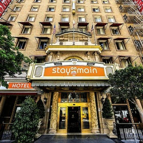 Stay overnight at the cecil hotel/stay at main hotel in LA (California) - Bucket List Ideas