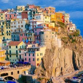 Visit Cinque Terre, Italy - Bucket List Ideas