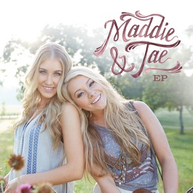 Meet and get a pic with Maddie and Tae - Bucket List Ideas