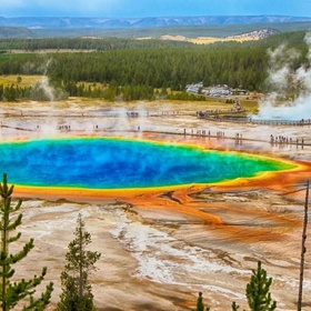 Visit The Yellowstone Super Volcano - Bucket List Ideas