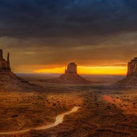 The Monument Valley Half Marathon - Bucket List Ideas