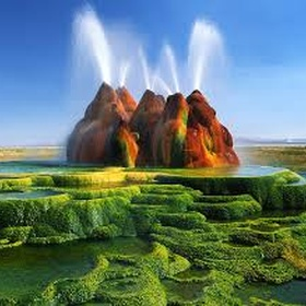 Visit Fly Geyser in Nevada, USA - Bucket List Ideas
