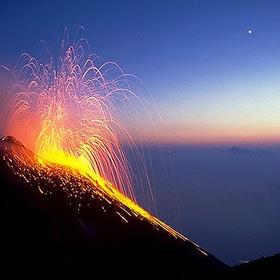 Visit Stromboli (an active volcano) - Bucket List Ideas