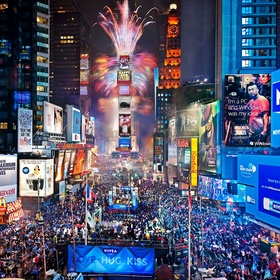 Spend New Years eve in Times Square - Bucket List Ideas