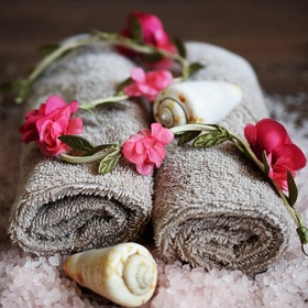 Relax in a spa with my boyfriend - Bucket List Ideas