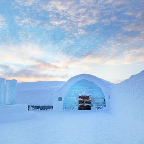 Sleep in the Ice Hotel - Bucket List Ideas
